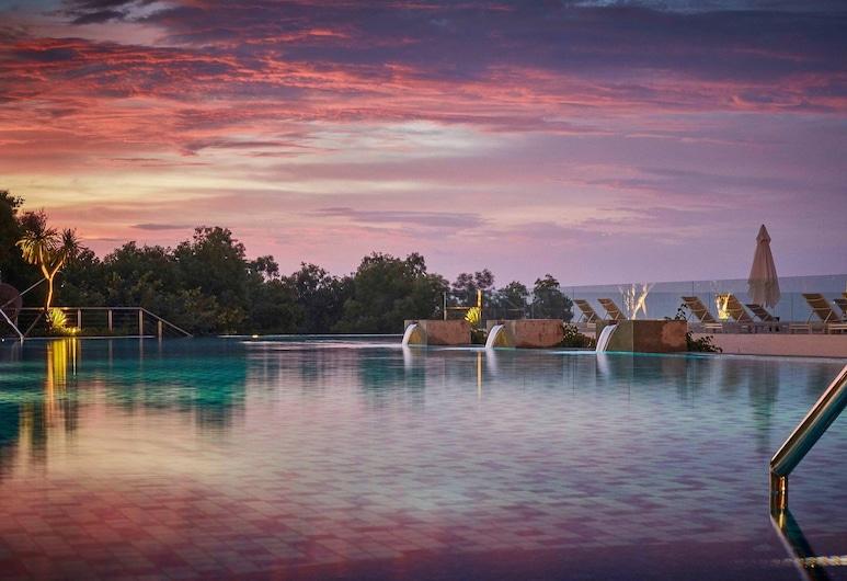 Renaissance Bali Uluwatu Resort & Spa, Ungasan, Pool