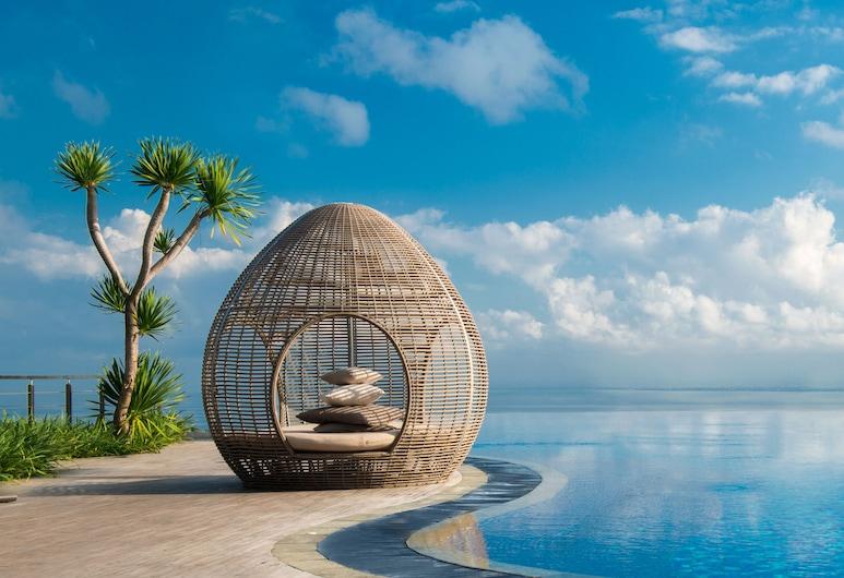 Renaissance Bali Uluwatu Resort & Spa, Ungasan, Infinity Pool
