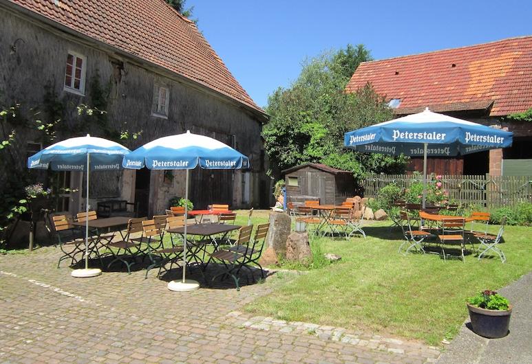 Gasthaus Neupert, Lemberg, Restaurang utomhus