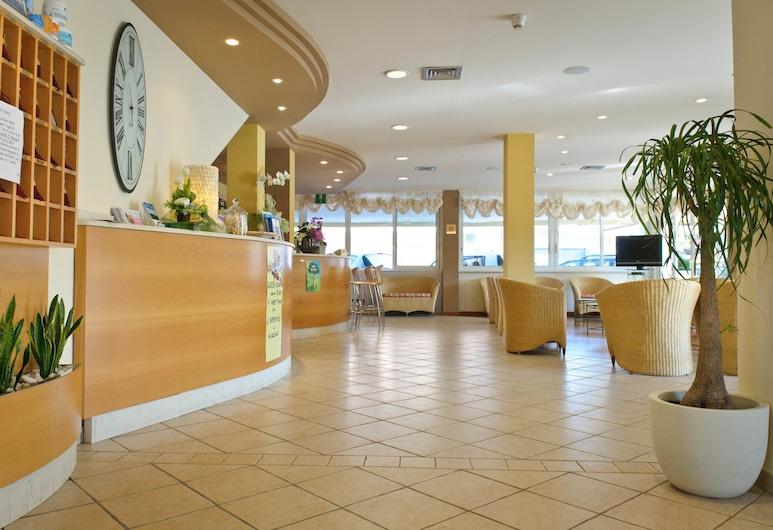 Family Hotel Pinetina Mare, Cervia, Bar del hotel