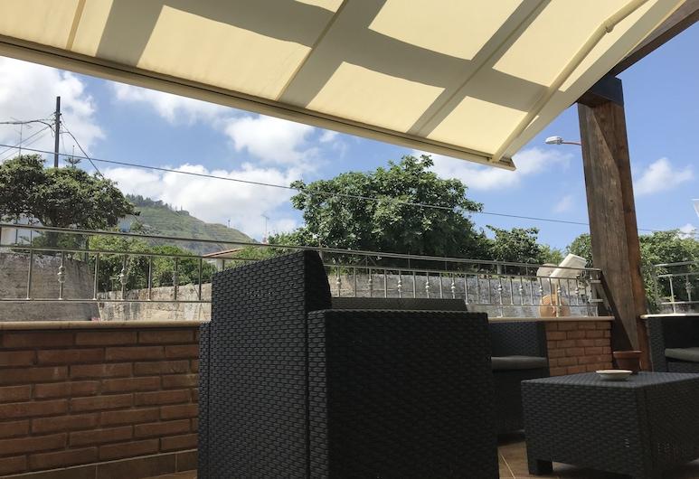 Emma's Apartments, Tropea, Terrace/Patio