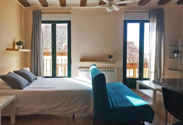 Estupendo estudio en la Plaza Mayor, Segovia, Apartment, Room