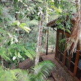 Chalet, 1 Double Bed - Garden View