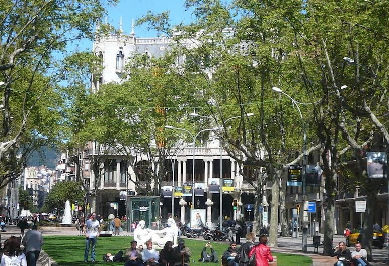 Nisia, Barcelona, Hotellfasad