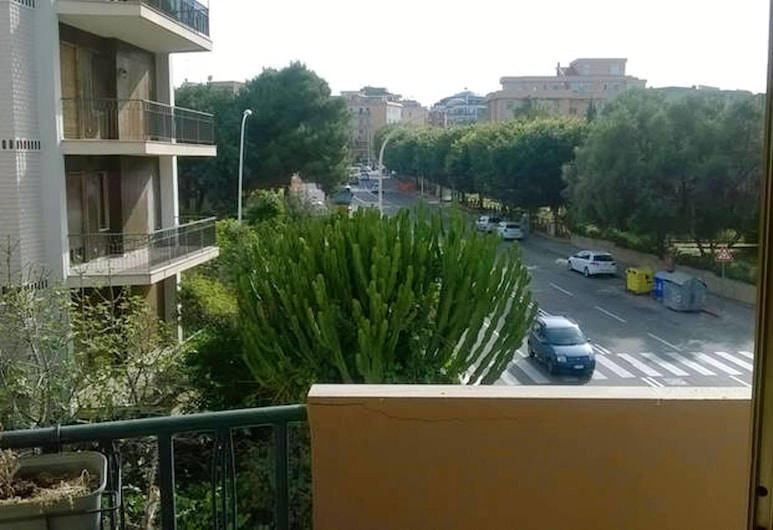 Apartment With 2 Bedrooms in Cagliari, With Wonderful City View, Furnished Balcony and Wifi - 5 km From the Beach, Cagliari