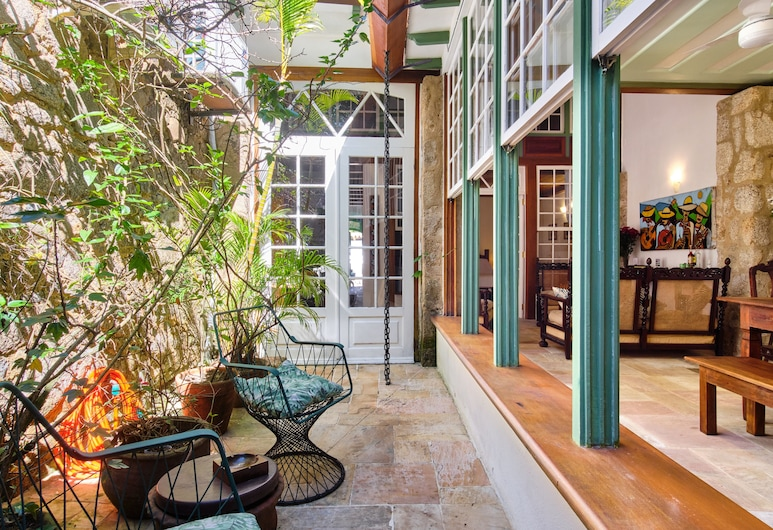 A Casa de Paulo Autran, Paraty