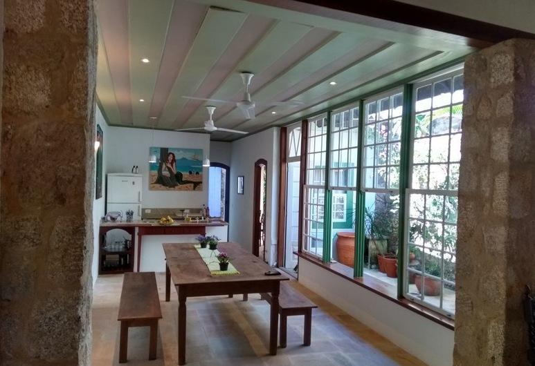 A Casa de Paulo Autran, Paraty, Hotelbar