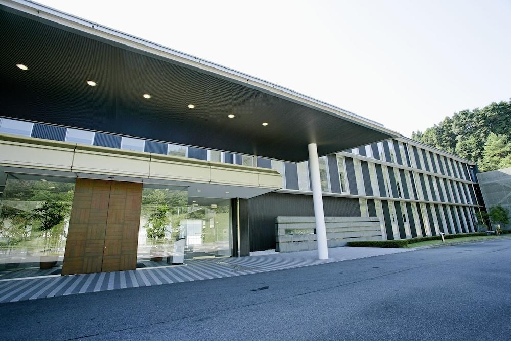 Menard Aoyama Resort Hotel Schönvert Iga