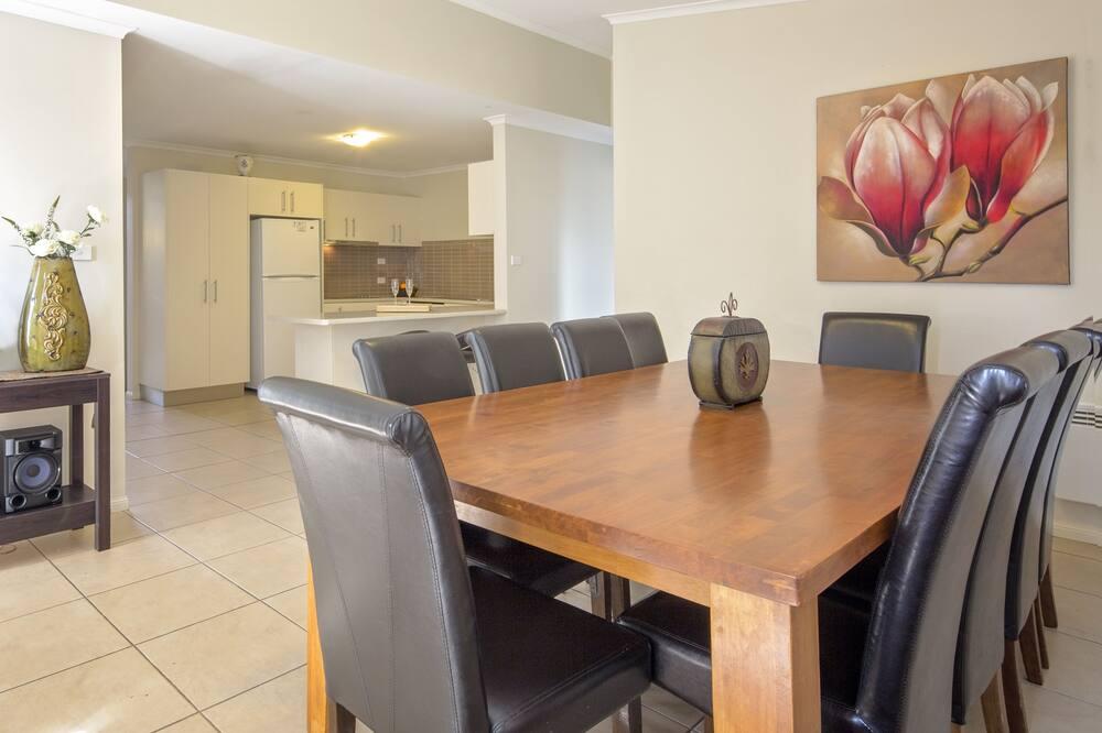 ทาวน์โฮม - บริการอาหารในห้องพัก