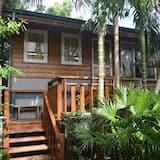 Honeymoon Cabin - Guest Room