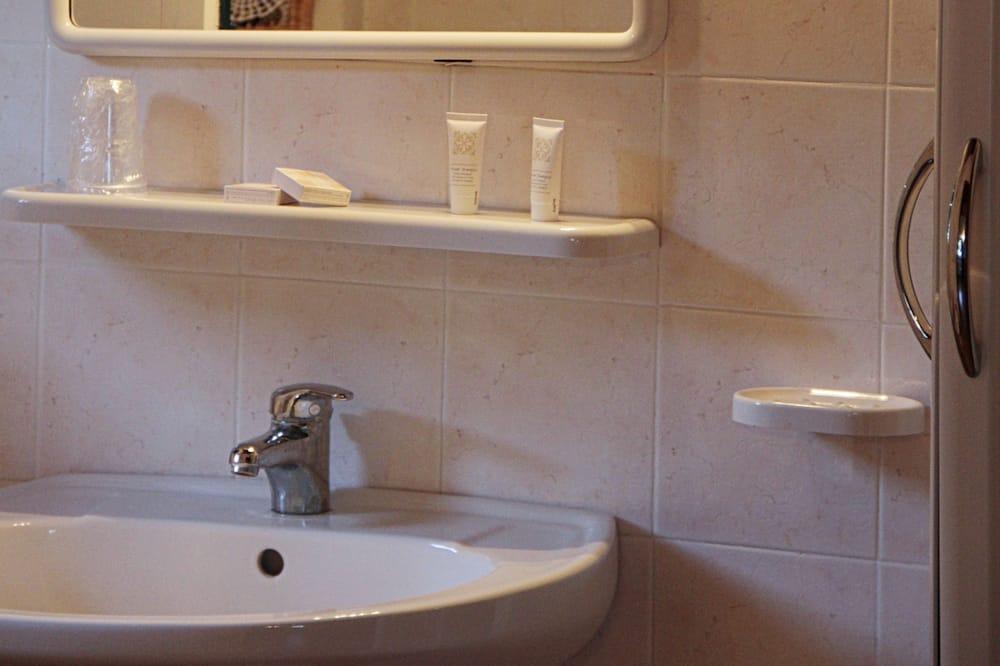 Apartemen, 2 kamar tidur, pemandangan laut - Kamar mandi