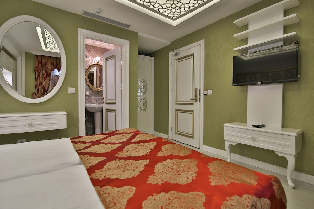 Queens Land Istanbul Single Room Guest