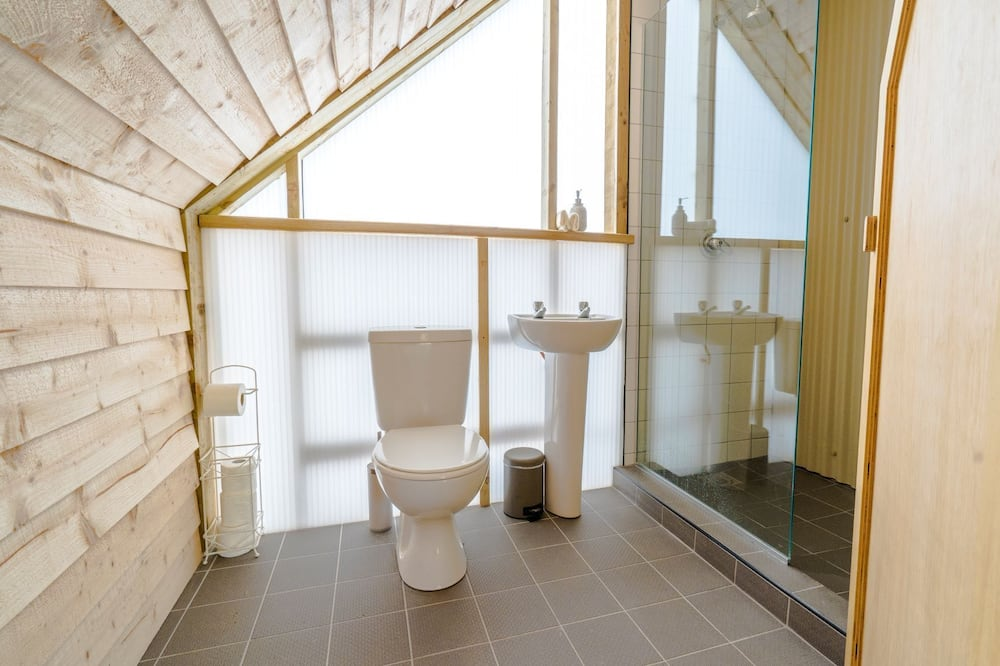 Luxury Lodge - Kylpyhuone