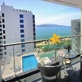 Apartament, 3 sypialnie, balkon, częściowy widok na ocean - Balkon