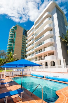 Foto Private G/F 1 bedroom Apartment Outdoor Patio Cross the Road to Beach di Surfers Paradise