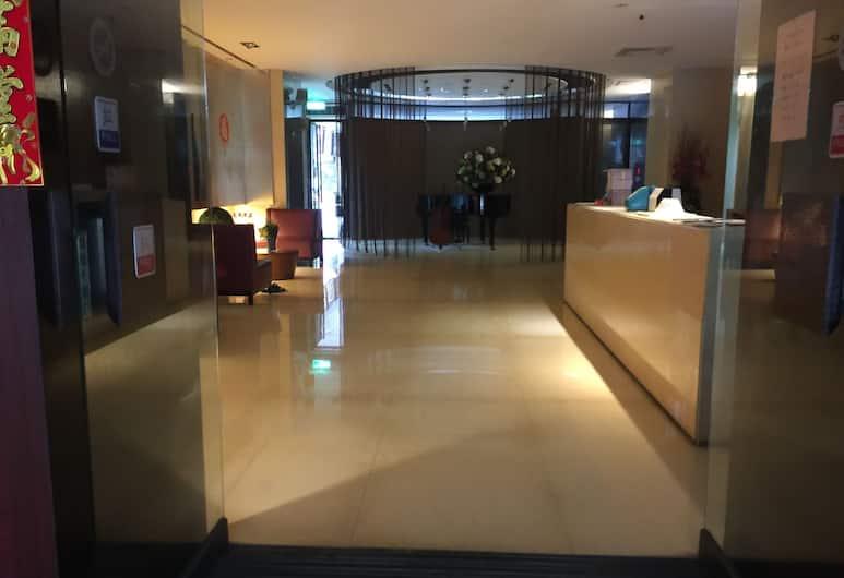 西門町的家, 萬華, 飯店內部