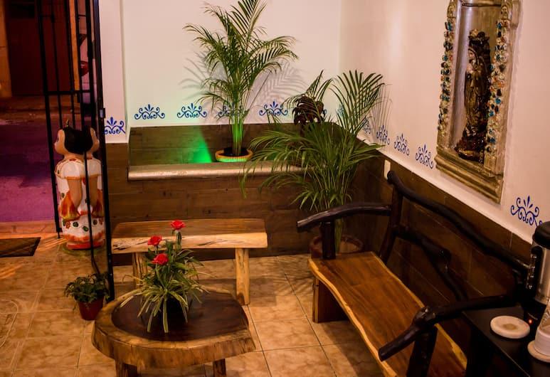HOTEL REAL COLONIAL, Valladolid, Reception