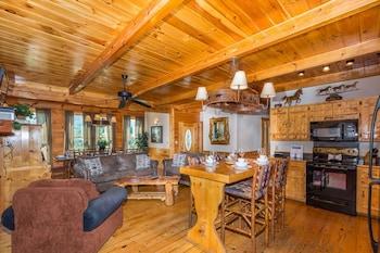 皮格佛格羅斯科 9 房度假屋 - 霍斯提瓦酒店的圖片