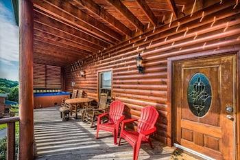Obrázek hotelu 9 Bedroom Roscoe's Retreat by Hosteeva ve městě Pigeon Forge