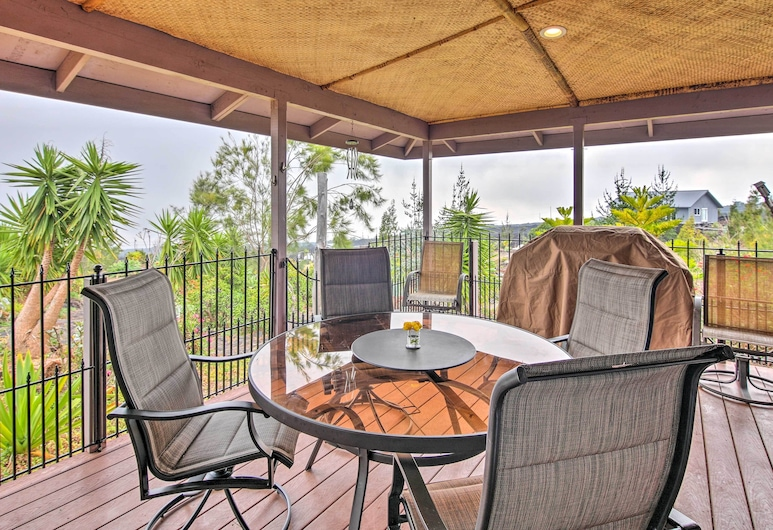 'lava Oasis' Ocean View Home W/great Views & Lanai, Ocean View, Balcony