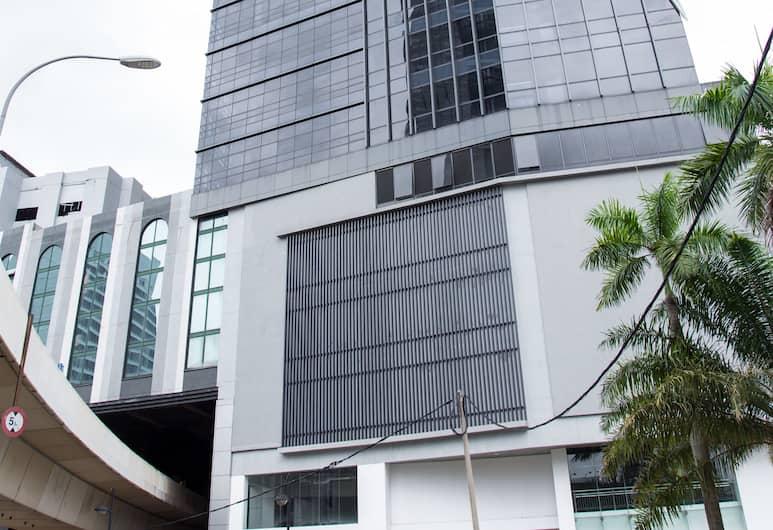 八打靈再也奈薩斯攝政套房飯店, 吉隆坡