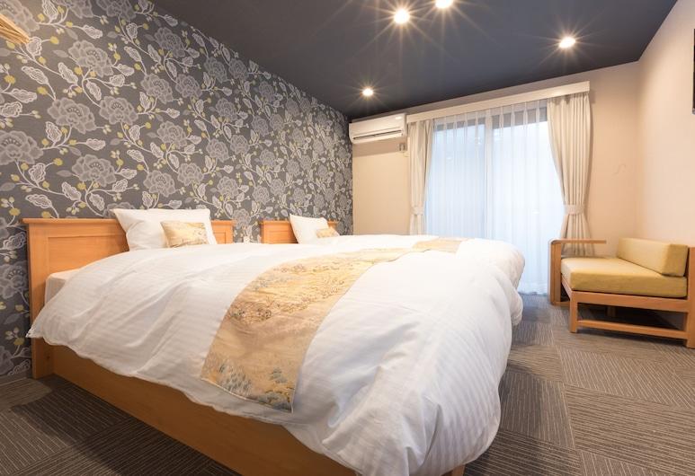Stay SAKURA Kyoto Nijo Seasons, Kyoto, Standard Twin Room, Room