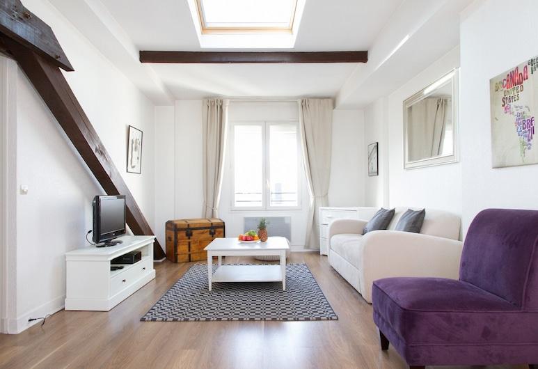 Le Marais - Beaubourg Apartment, Paris