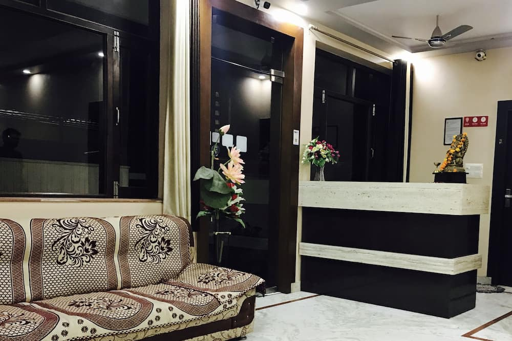 Standard Double Room, 1 Double Bed - Interior Entrance