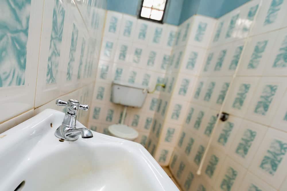 スタンダード ダブルルーム ダブルベッド 1 台 - バスルーム