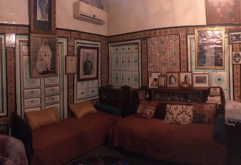 Palais du XVIII ème siècle - Hostel, Tunis, Obiteljski suite, terasa, Soba za goste