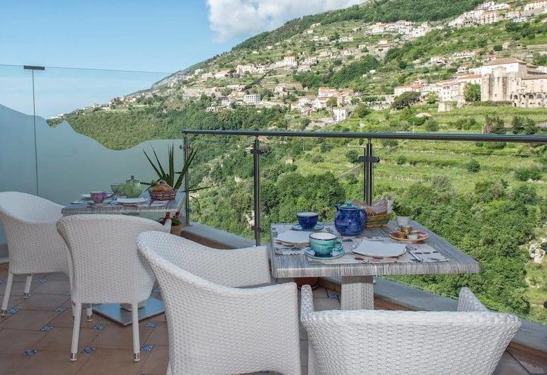 Le Perle d'Italia, Ravello, Pogled na planinu