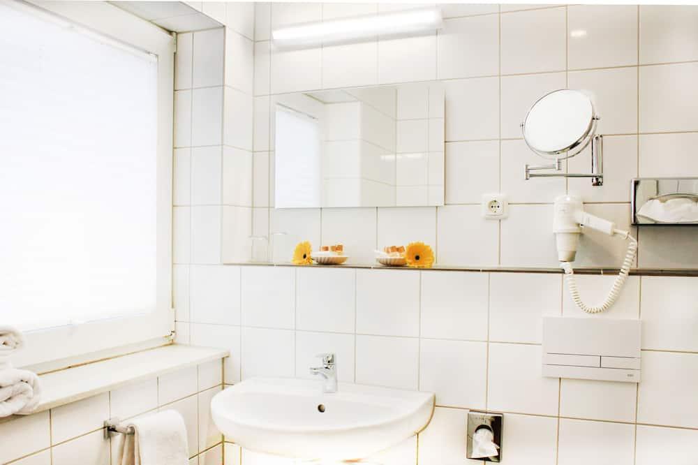 Rodinná izba, spojené izby - Kúpeľňa