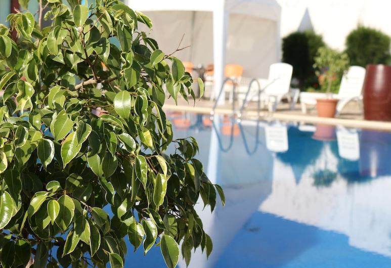 Hotel Tanger Med, Melloussa, Poolside Bar