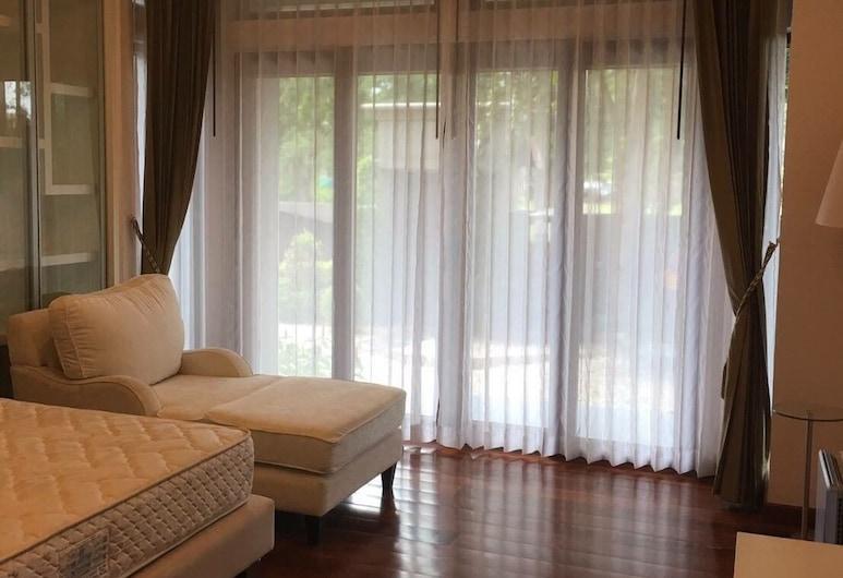 Pool Villa Chiang Mai, Chiang Mai, Five Bedrooms Private Pool Villa , Pokój