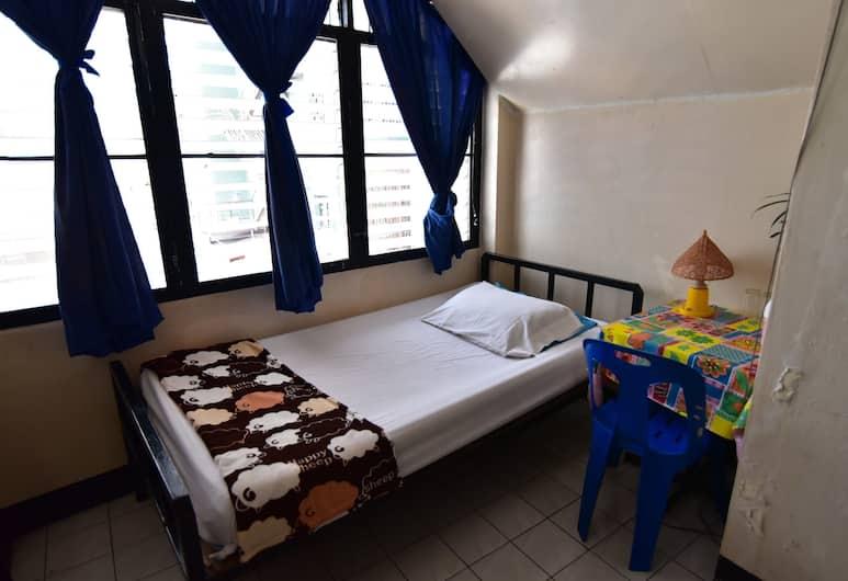 Prasuri Guest House, Bangkok, Standard Single Fan Room, Pokój