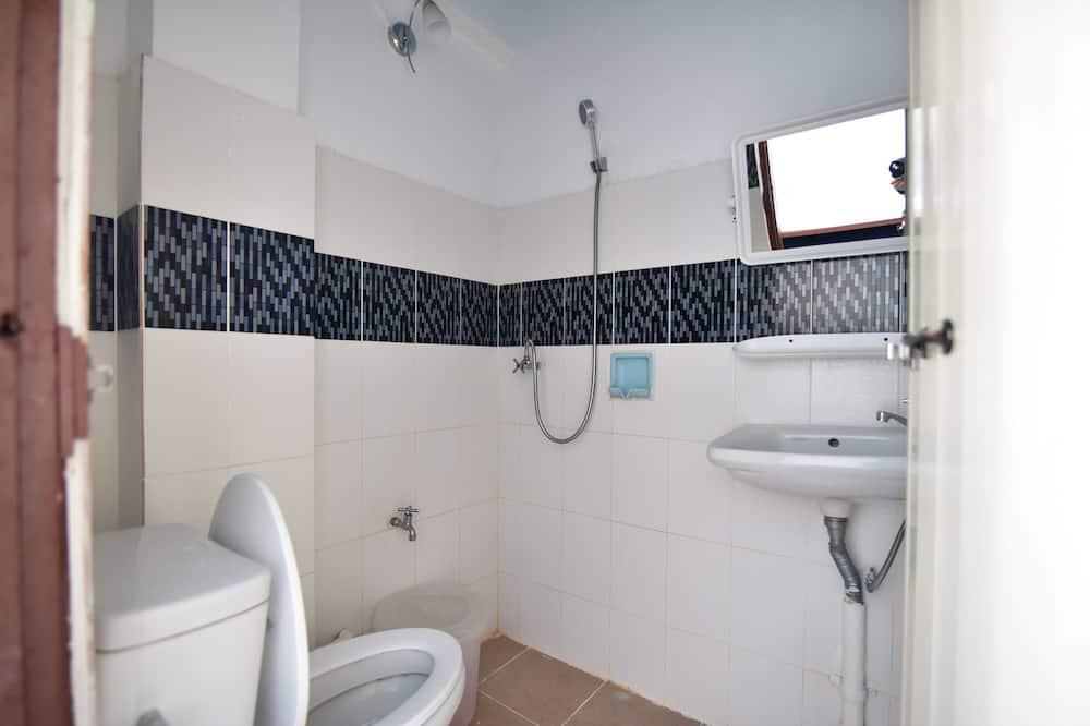 Standard Single Fan Room - Bathroom