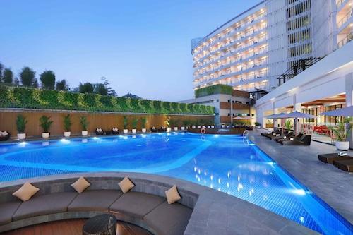 仙圖市阿拉納飯店及會議中心