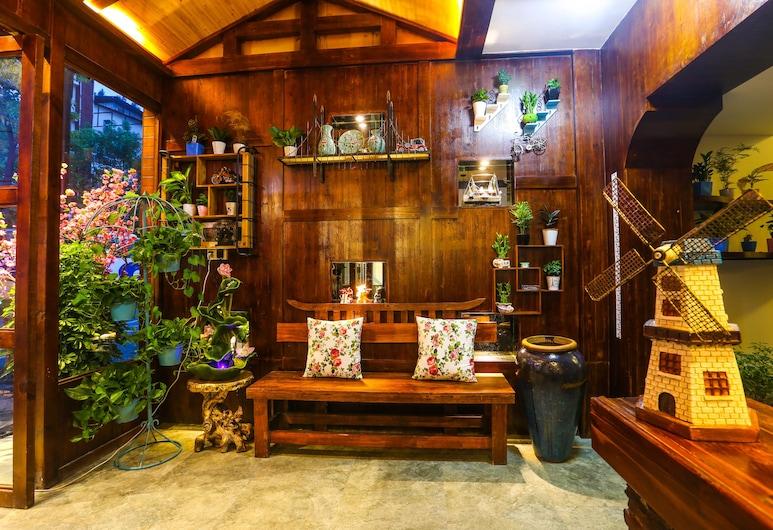 Ya Zhai Fu Ren Inn, Zhangjiajie, Lobby Sitting Area