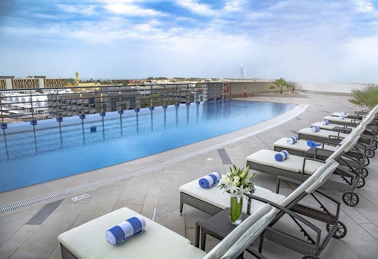 Staybridge Suites Dubai Internet City, An IHGHotel, Dubai, Außenpool