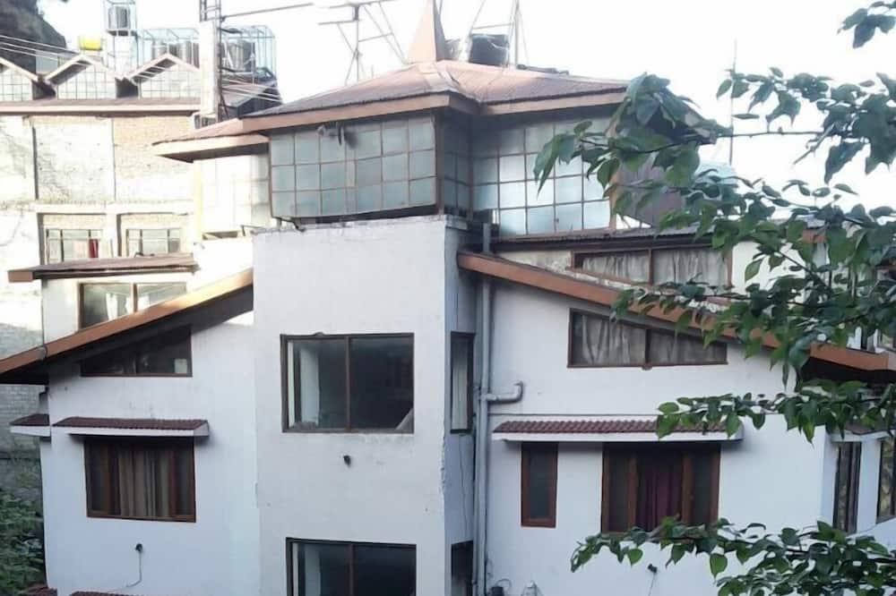 Tara Regency, Shimla