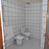 Economy Apartment, 2 Bedrooms - Bathroom