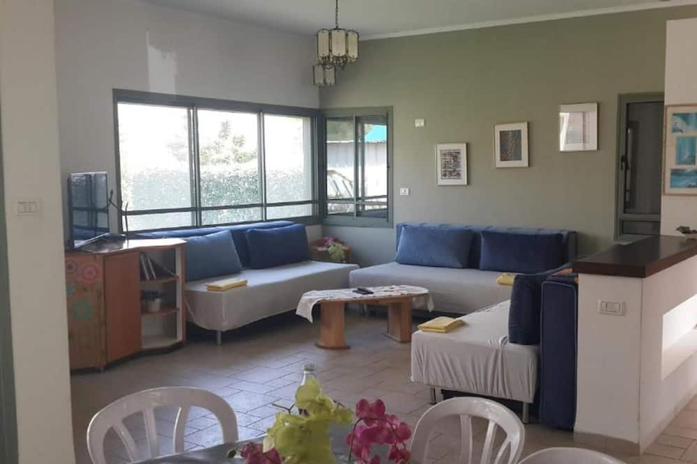 Апартаменти, 2 спальні - Вітальня