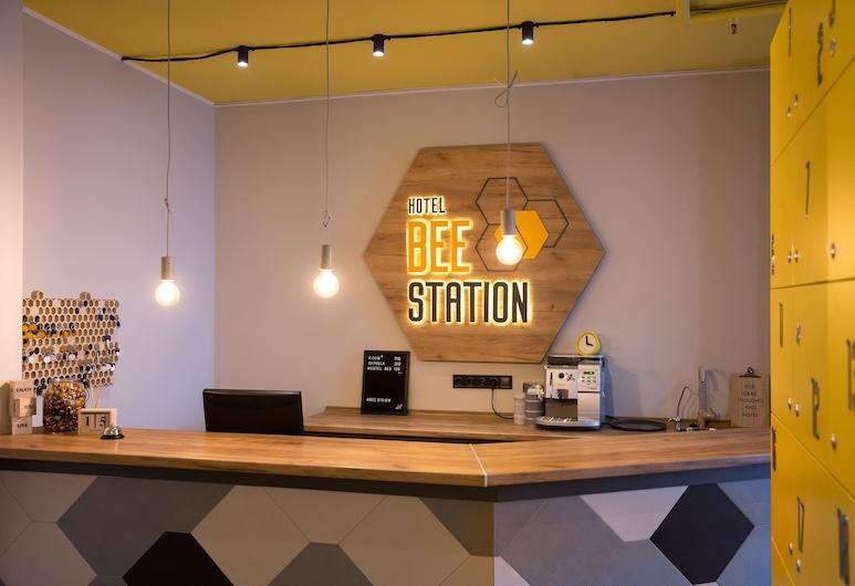 Hotel Bee Station - Hostel, Kyiv, Receptie