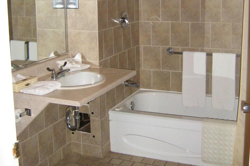 Standard szoba, 2 kétszemélyes ágy - Fürdőszoba