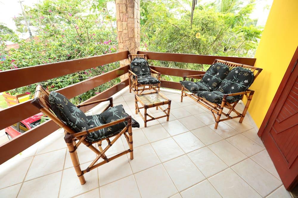 Luxury Quadruple Room, Beach View, Beachfront - Balcony