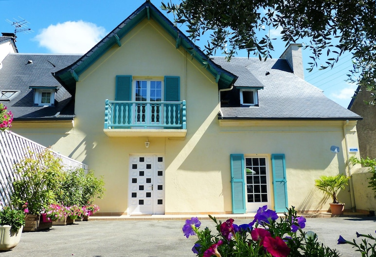 House With 2 Bedrooms in Lourdes, With Wonderful Mountain View, Furnished Terrace and Wifi - 15 km From the Slopes, Lourdes