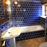 Phòng đôi hoặc 2 giường đơn, Quang cảnh núi - Phòng tắm
