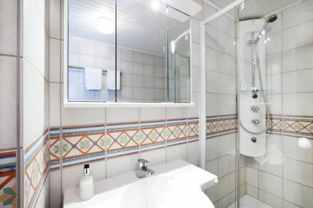 家庭客房, 露台 - 浴室