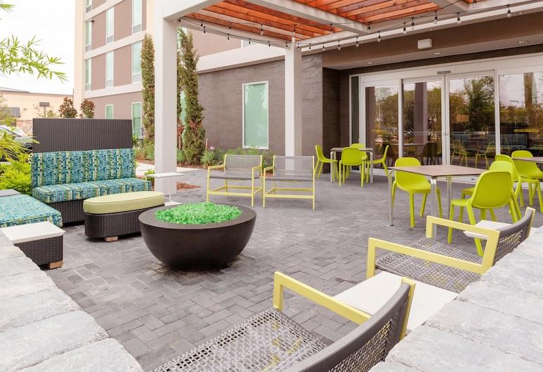 Home2 Suites by Hilton Orlando South Park, Orlando, Terasz/udvar