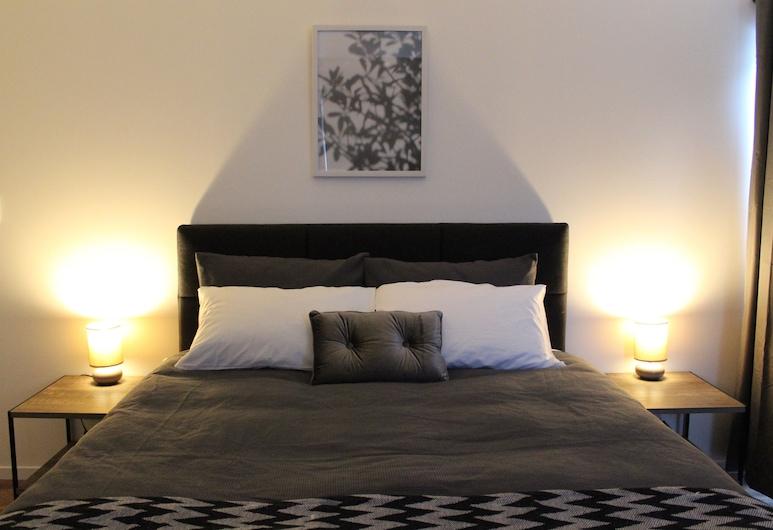 Holiday Rotorua, Rotorua, Superior Apartment, Guest Room